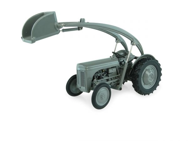 TE-20 with Front Loader   1:32