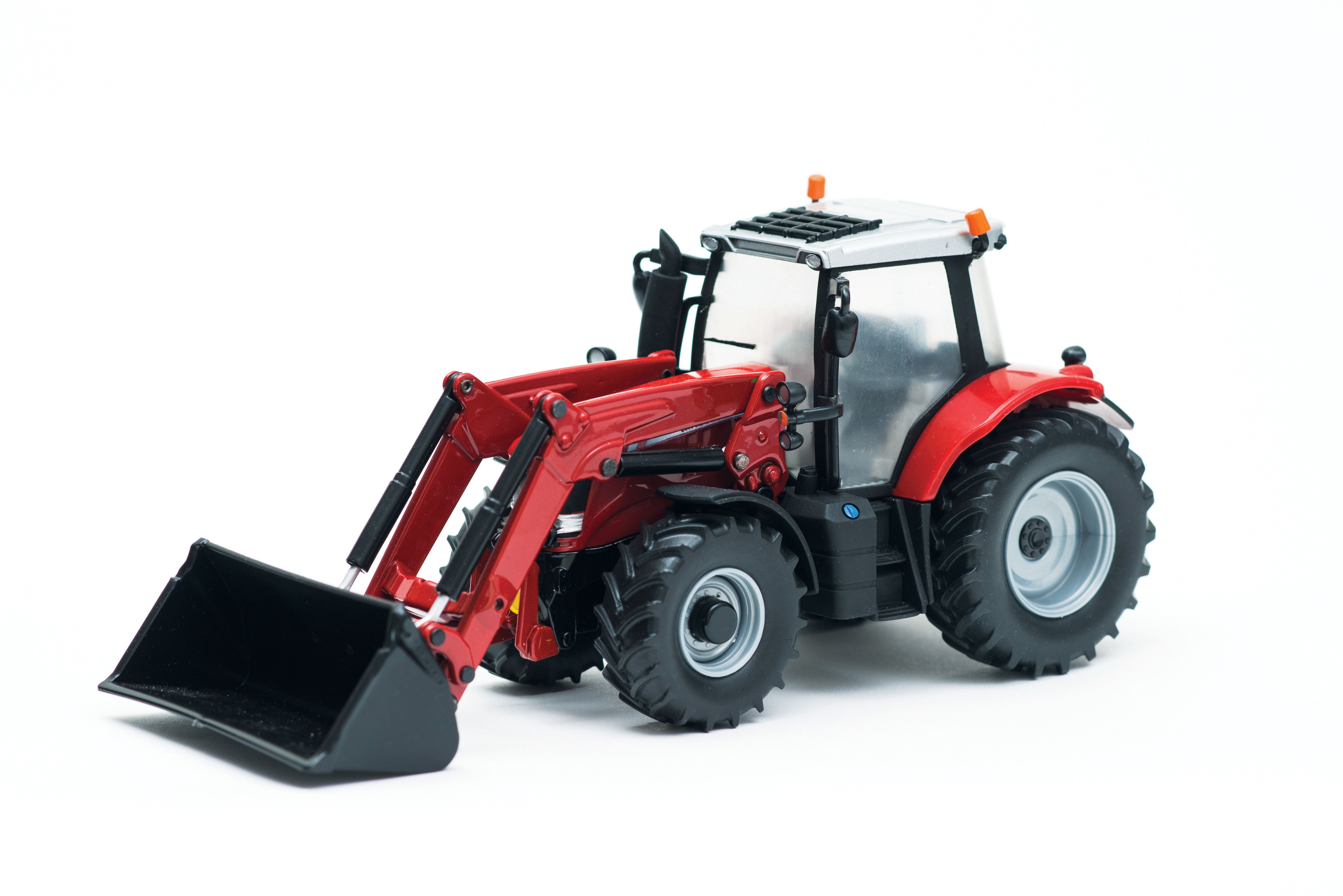 MF 6616 with front loader | 1:32
